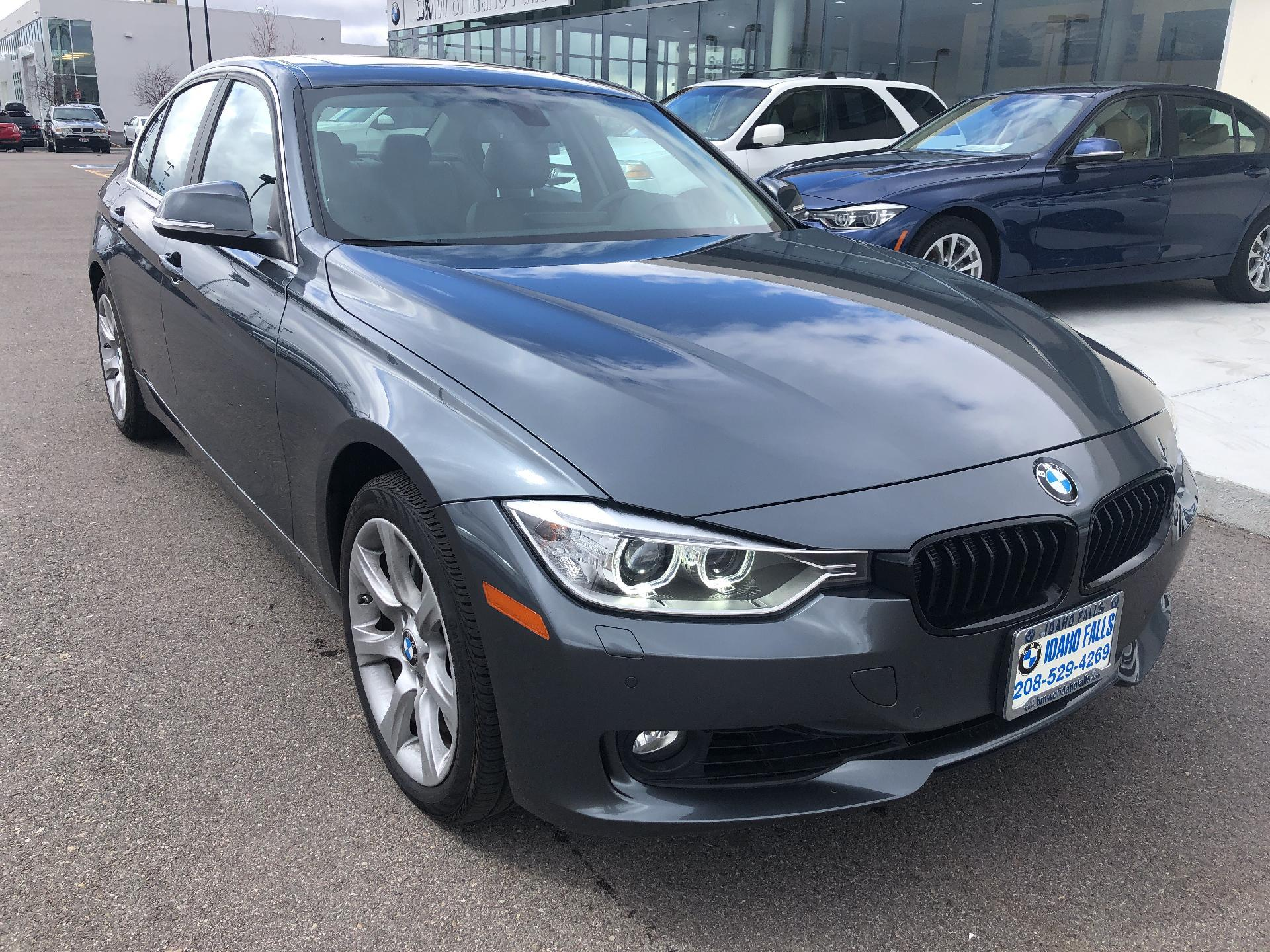 Pre-Owned 2015 BMW 335i xDrive Sedan