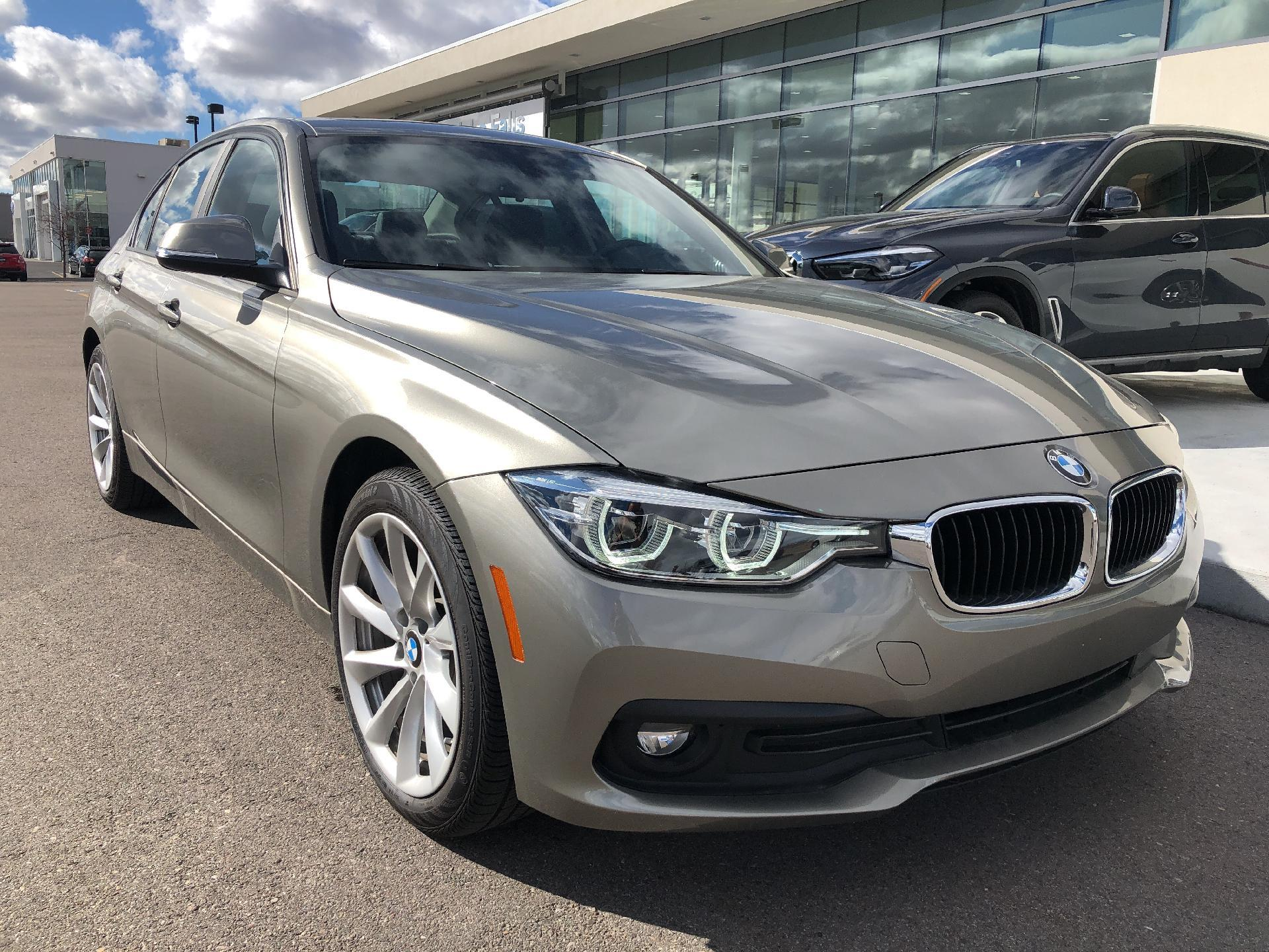 New 2018 BMW 320i xDrive Sedan