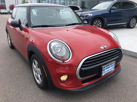 Pre-Owned 2016 MINI Cooper Hardtop 2 Door